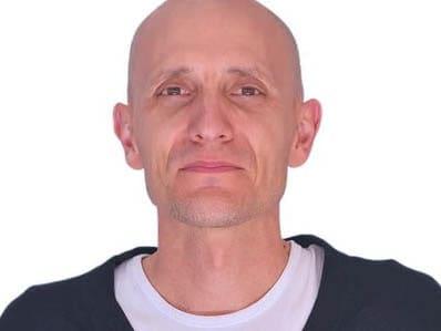 David J. Yáñez
